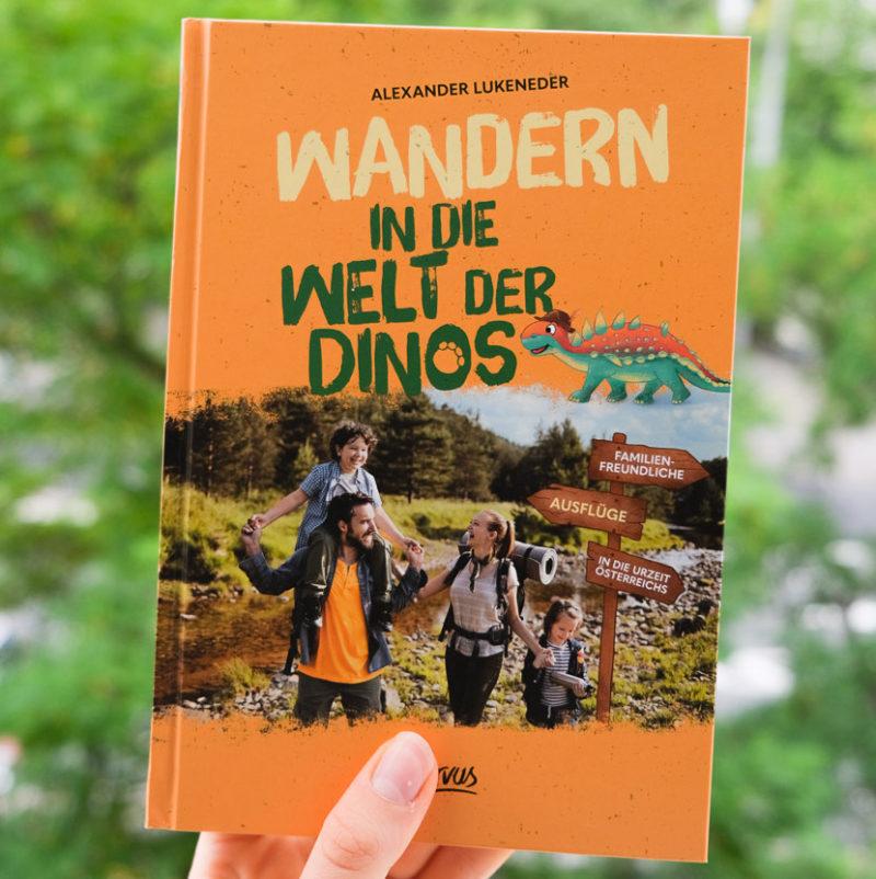 Wandern in die Welt der Dinos-Buchcover